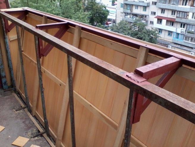 Уголок для выноса балкона..